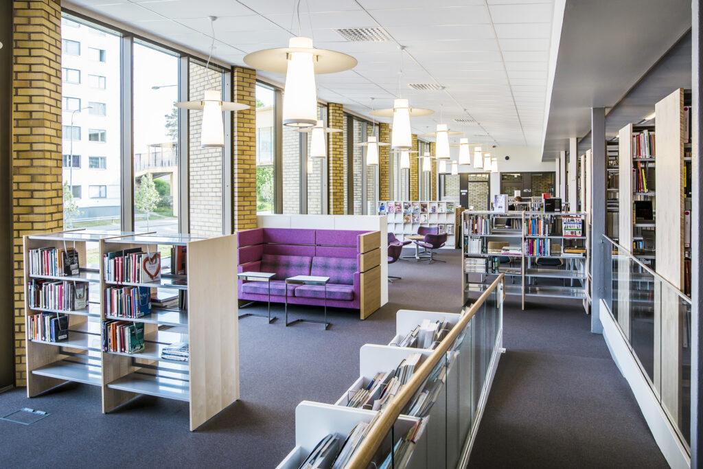 Bild på biblioteket på Nils Ericsonsgymnasiet