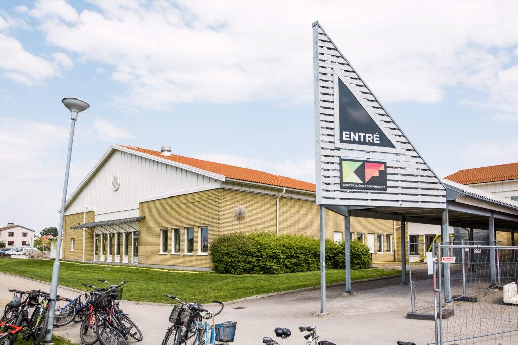Birger Sjöberggymnasiets entré